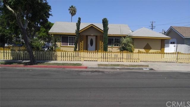 715 W Cubbon St, Santa Ana, CA 92701