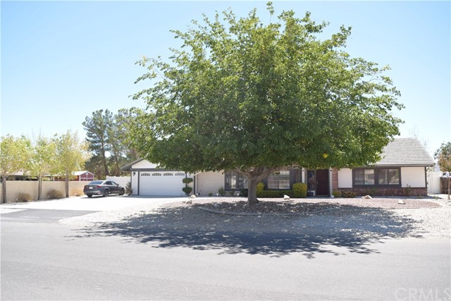 13315 Cochise Road, Apple Valley, CA 92308