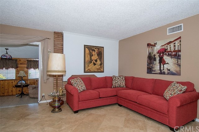 1636 W Woodcrest Avenue, Fullerton, CA 92833