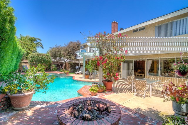 2729 Starbird Drive, Costa Mesa, CA 92626