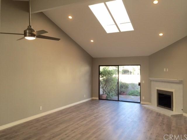 54 Wetstone #36, Irvine, CA 92604