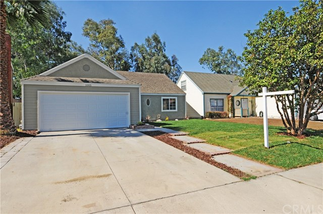 1005 Forest Dr, Colton, CA 92324