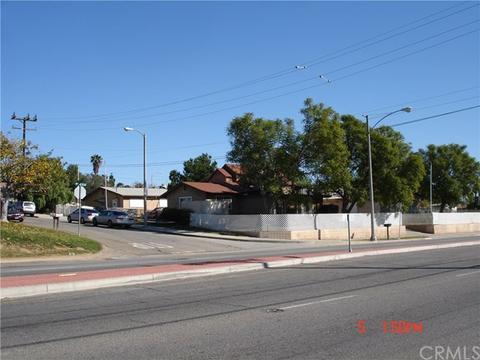 4393 Tyler St, Riverside, CA 92503