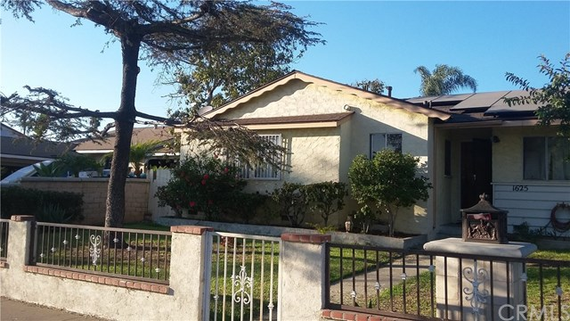 1625 W Brook Street, Santa Ana, CA 92703