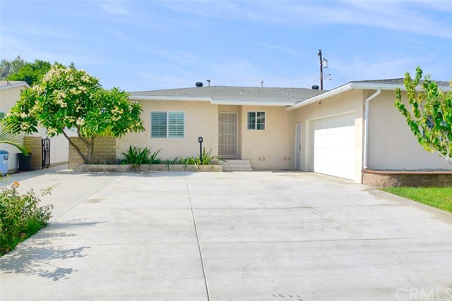 1501 S Roosevelt Avenue, Fullerton, CA 92832