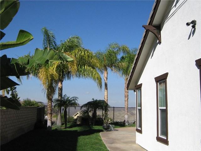 2092 Sageleaf Circle, Corona, CA 92882