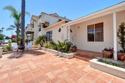 65 Roycroft Ave, Long Beach, CA 90803
