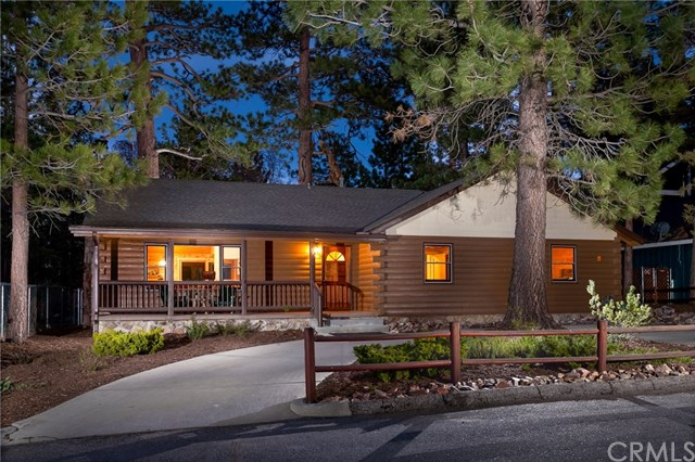 391 Feldstrasse Dr, Big Bear Lake, CA 92315