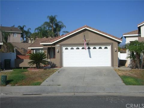 806 Poppyseed Ln, Corona, CA 92881