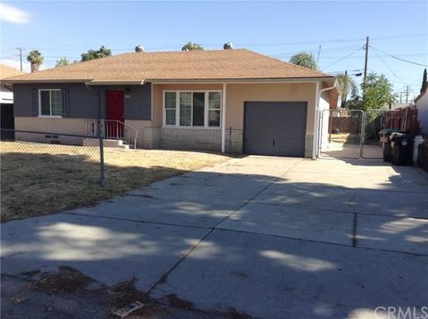 425 Elmwood Ave, Hemet, CA 92543