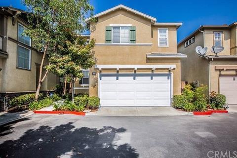 2886 N Santa Fe Pl, Orange, CA 92865