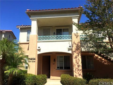 11454 Via Rancho San Diego #208, El Cajon, CA 92019