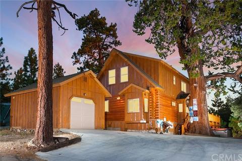 607 Villa Grove Ave, Big Bear City, CA 92314