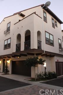 1885 Orizaba Ave #108, Signal Hill, CA 90755