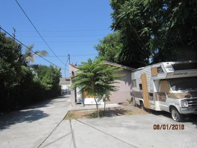 7814 S San Pedro Street, Los Angeles, CA 90003