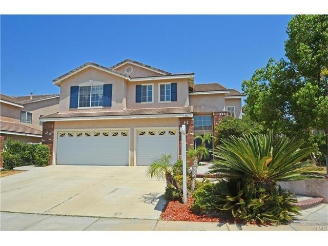 389 Snowbird Ln, Corona, CA 92882