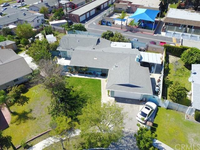 2820 W Ravenswood Dr, Anaheim, CA 92804