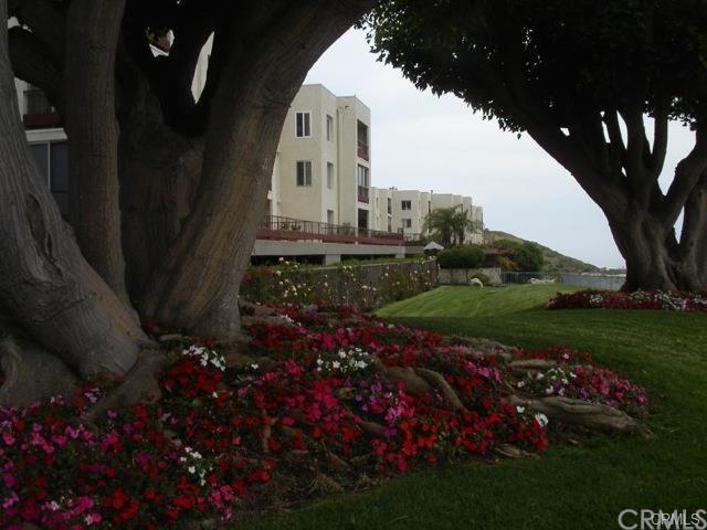 3200 La Rotonda Dr #411, Rancho Palos Verdes, CA 90275