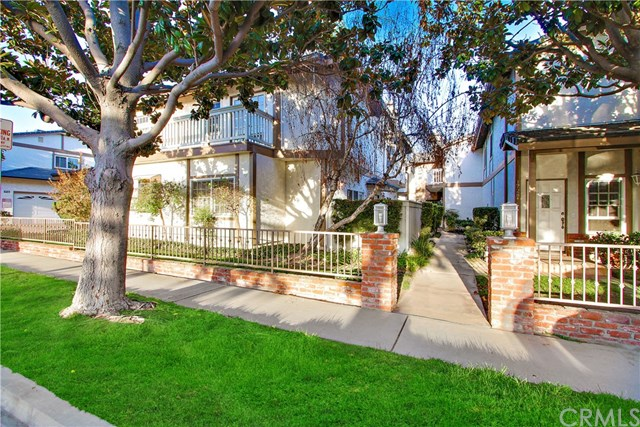 1720 Elm Avenue, Torrance, CA 90503
