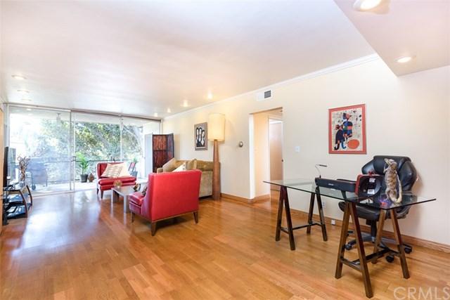 289 Barrington Avenue #113, Los Angeles, CA 90049