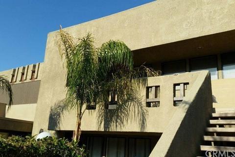 466 Bradshaw Ln #20, Palm Springs, CA 92262