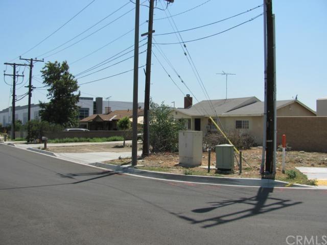 1382 N Maple Ave, Rialto, CA 92376
