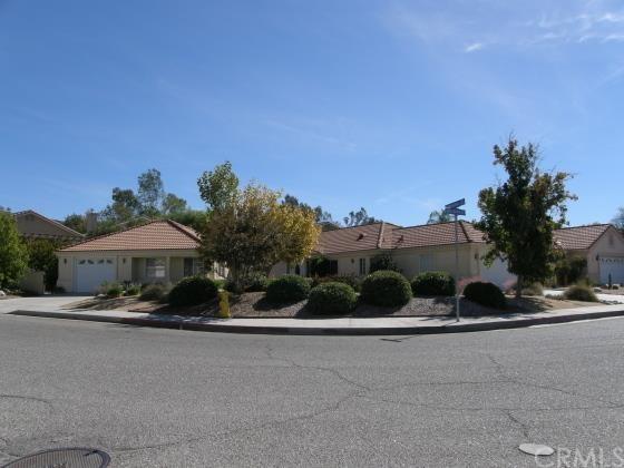 957 Bergamo Ave, San Jacinto, CA 92583