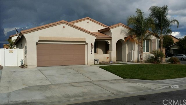 383 Hazeldell Avenue, San Jacinto, CA 92582