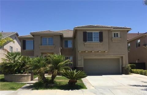 26397 Castle Ln, Murrieta, CA 92563