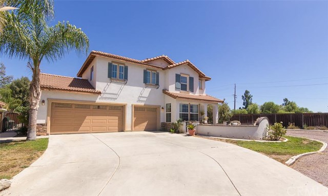 33450 Maple Tree Ln, Wildomar, CA 92595