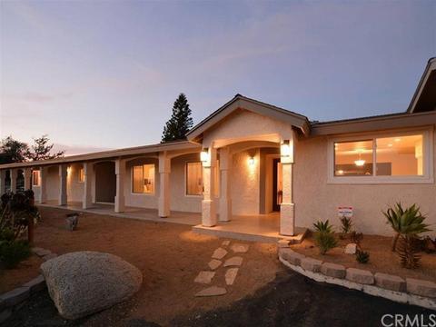 40670 Los Ranchos Cir, Temecula, CA 92592