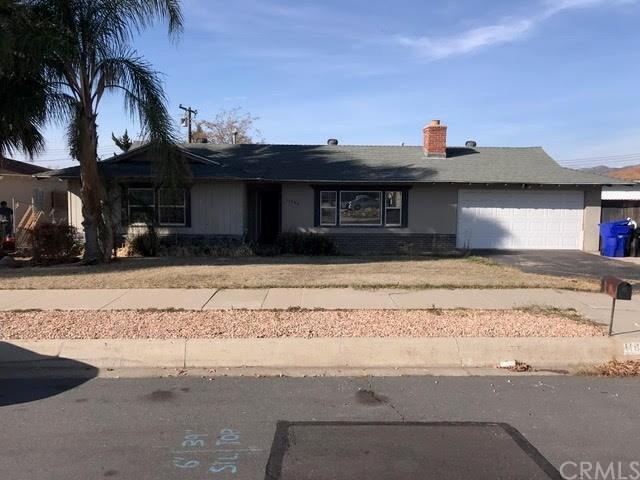 11806 Douglas St, Yucaipa, CA 92399