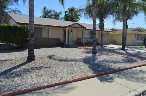 29371 Pebble Beach Dr, Sun City, CA 92586