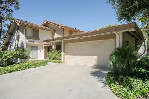 820 Via Zapata, Riverside, CA 92507