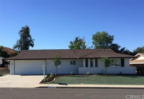 25702 Warwick Rd, Sun City, CA 92586