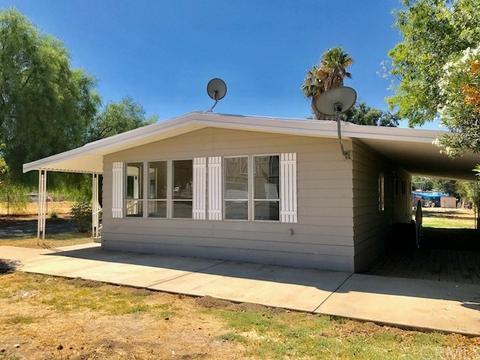 31570 Wakefield Ave, Homeland, CA 92548