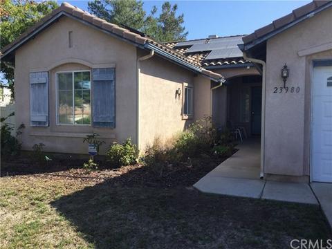 23980 Chatenay Ln, Murrieta, CA 92562