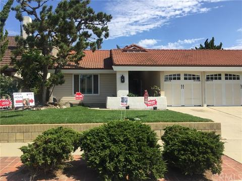 1131 Oakfair Ln, Harbor City, CA 90710