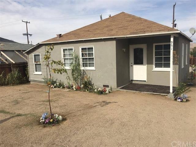 951 W Buena Vista St, Barstow, CA 92311