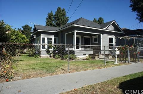 493 Almond Ave, Long Beach, CA 90802