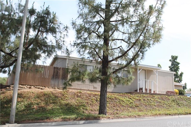 10020 Stageline Street, Corona, CA 92883