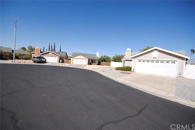 9135 Mapleleaf Ct, Hesperia, CA 92344