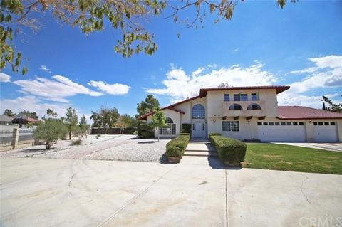 13551 Cronese Rd, Apple Valley, CA 92308