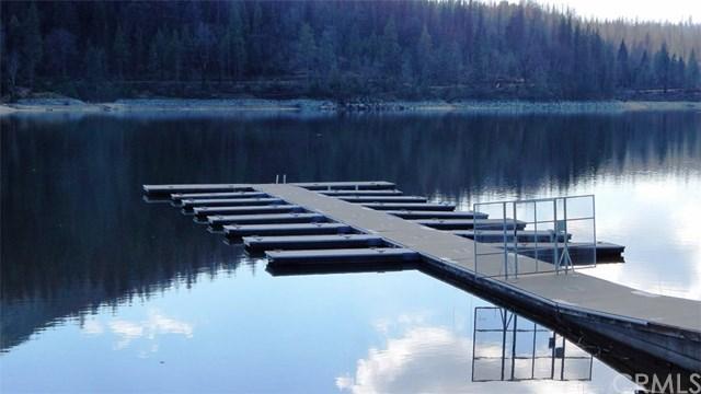 53930 Creekside Ln, Bass Lake, CA 93604