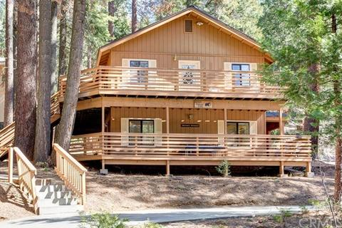 7185 Yosemite Park Way, Yosemite National Park, CA 95389