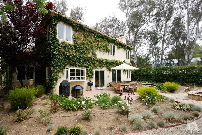 2306 Waring Dr, Agoura Hills, CA