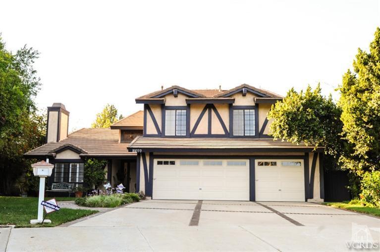 23777 Burton St, Canoga Park, CA