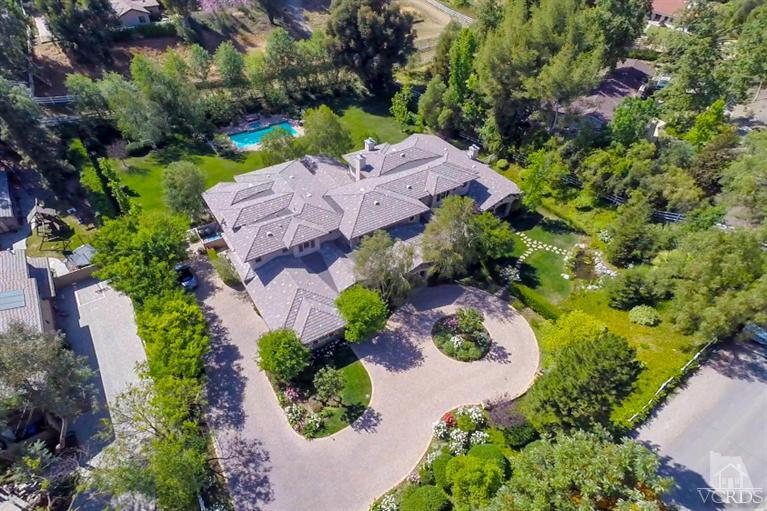 5871 Clear Valley Rd, Calabasas, CA