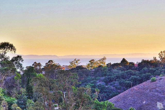 85 Canon View Rd, Santa Barbara CA 93108