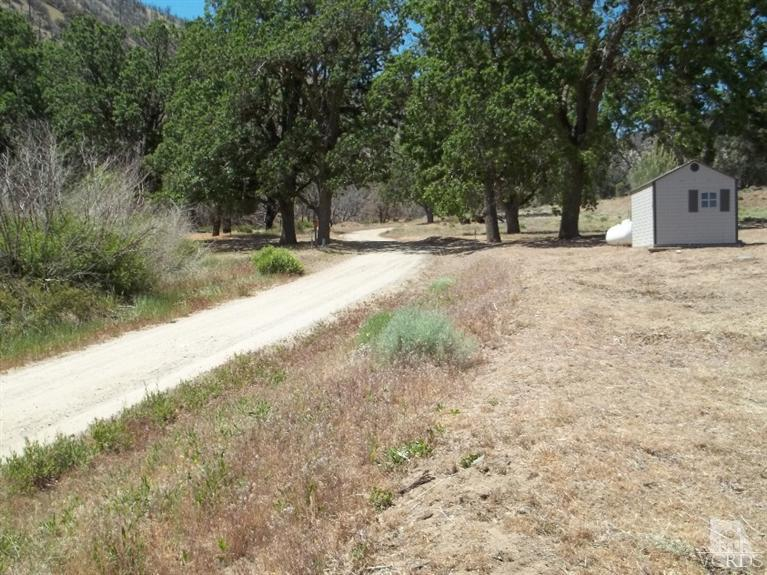15967 Blackburn Canyon Rd, Tehachapi, CA